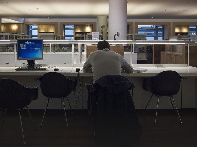 L'addiction au travail : comment soigner un workaholic ? Pascal Couderc, psychologue à Paris, Montpellier et en ligne vous informe.